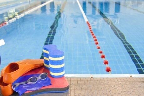 Kursy pływania dla młodzieży